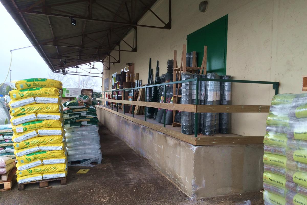 Garde-corps sur mesure - Maintenance du bâtiment - Jardinerie - Valence