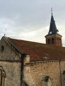 Le vent provoque des dégâts sur les communes du Nord Isère, nous pouvons mettre en sécurité rapidement la toiture de cette église